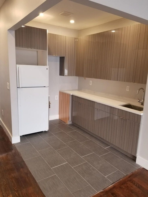 3 Bedrooms, East Flatbush Rental in NYC for $2,300 - Photo 1