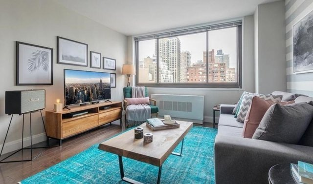 2 Bedrooms, Yorkville Rental in NYC for $5,805 - Photo 1