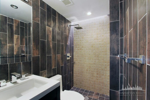 3 Bedrooms, Rose Hill Rental in NYC for $4,697 - Photo 2