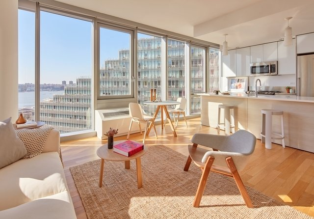 2 Bedrooms, Hell's Kitchen Rental in NYC for $5,413 - Photo 1
