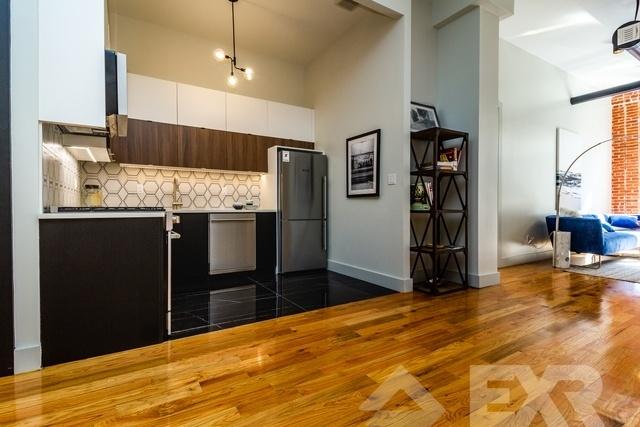 2 Bedrooms, East Williamsburg Rental in NYC for $5,499 - Photo 2