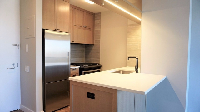 Studio, Hell's Kitchen Rental in NYC for $2,802 - Photo 1