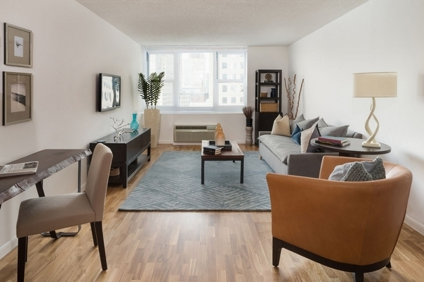 1 Bedroom, Battery Park City Rental in NYC for $4,235 - Photo 2