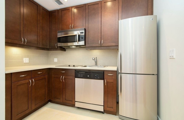 2 Bedrooms Garment District Rental In Nyc For 3 600 Photo 1