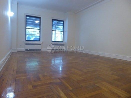 2 Bedrooms, Yorkville Rental in NYC for $5,000 - Photo 1