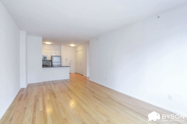 Studio, Hunters Point Rental in NYC for $2,643 - Photo 2