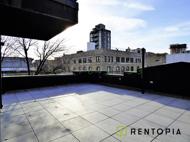 3 Bedrooms, Williamsburg Rental in NYC for $4,594 - Photo 2