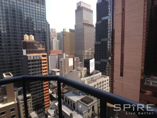 Studio, Theater District Rental in NYC for $3,150 - Photo 2