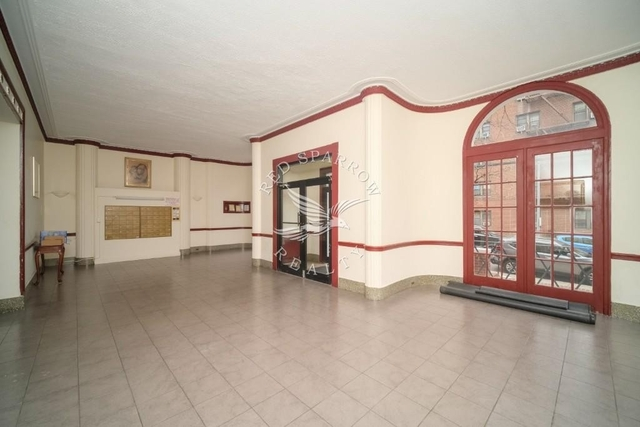2 Bedrooms, Rego Park Rental in NYC for $2,350 - Photo 2