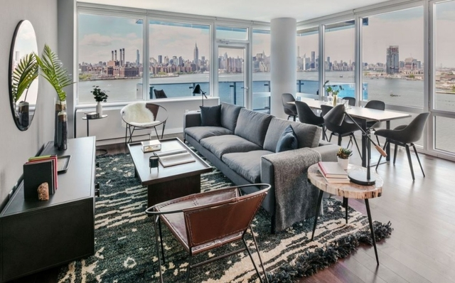 1 Bedroom, Williamsburg Rental in NYC for $4,108 - Photo 2