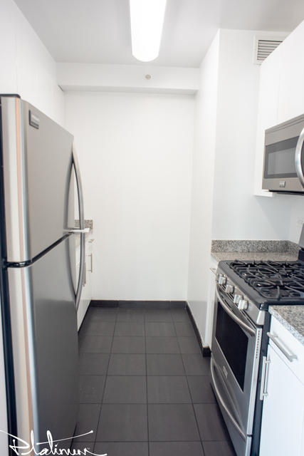 Studio, Hell's Kitchen Rental in NYC for $2,603 - Photo 2
