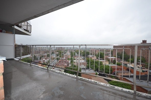 2 Bedrooms, Rego Park Rental in NYC for $2,550 - Photo 1