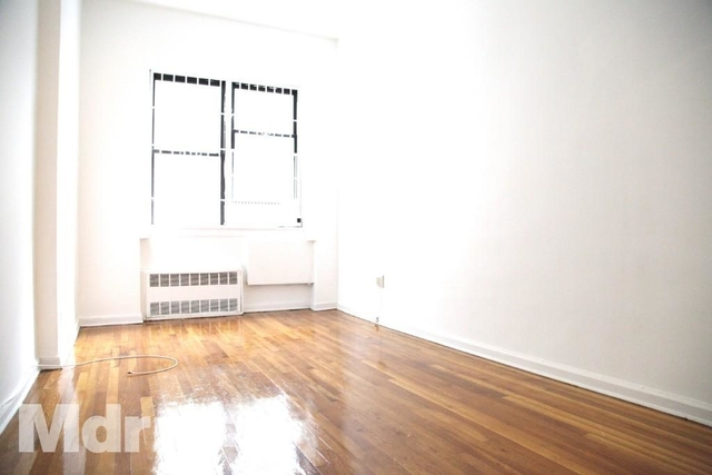 Studio, Yorkville Rental in NYC for $1,890 - Photo 2