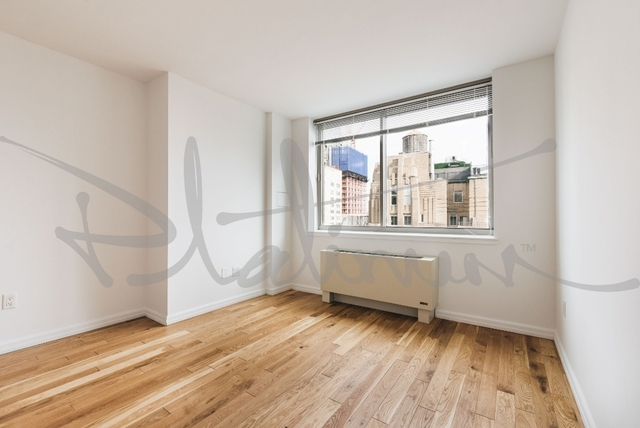 3 Bedrooms, Financial District Rental in NYC for $5,088 - Photo 2