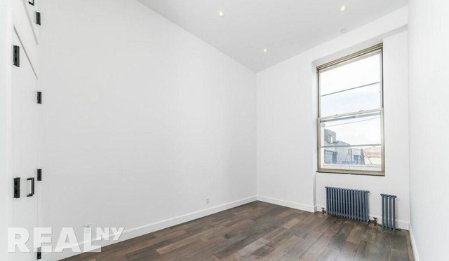 3 Bedrooms, Lower East Side Rental in NYC for $7,981 - Photo 2