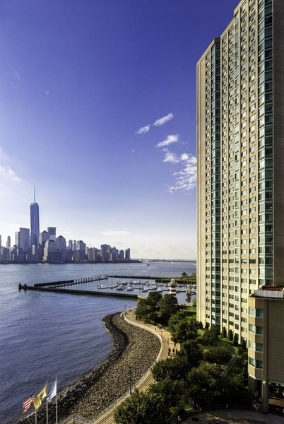 2 Bedrooms, Newport Rental in NYC for $4,170 - Photo 1