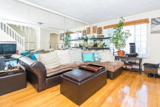 2 Bedrooms, Astoria Rental in NYC for $3,000 - Photo 2
