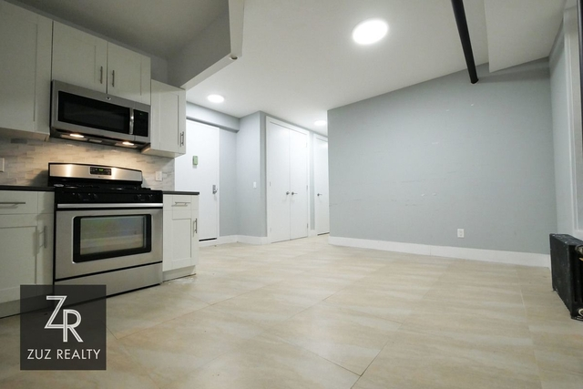 3 Bedrooms, Caton Park Rental in NYC for $2,650 - Photo 2