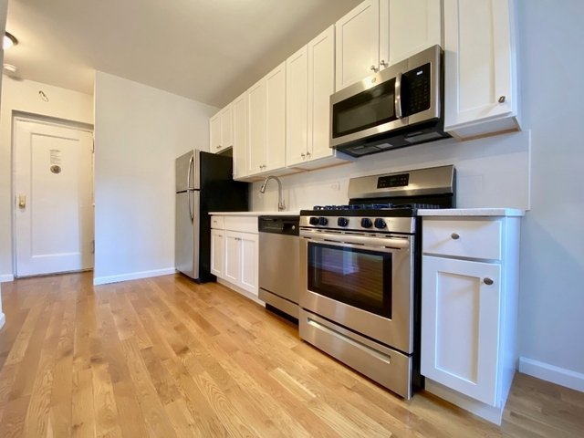 2 Bedrooms, Prospect Lefferts Gardens Rental in NYC for $2,749 - Photo 2