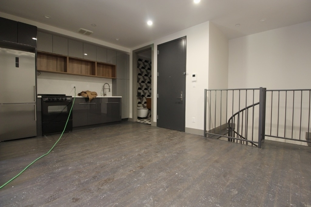 3 Bedrooms, Bedford-Stuyvesant Rental in NYC for $3,560 - Photo 2