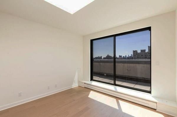 3 Bedrooms, Chelsea Rental in NYC for $9,226 - Photo 2