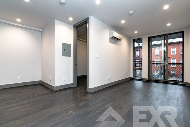 2 Bedrooms, Bedford-Stuyvesant Rental in NYC for $3,188 - Photo 2