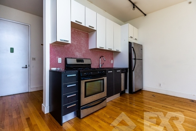 Studio, Williamsburg Rental in NYC for $2,500 - Photo 2