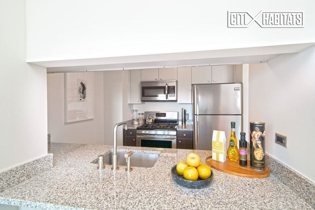 2 Bedrooms, Astoria Rental in NYC for $4,049 - Photo 2