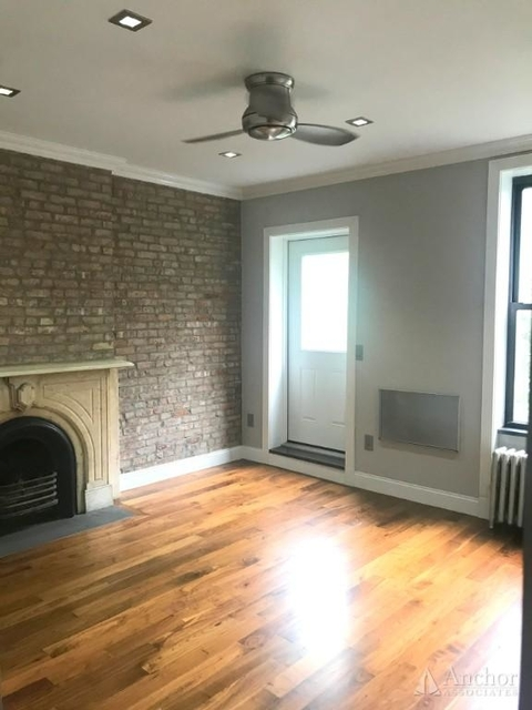 2 Bedrooms, Sutton Place Rental in NYC for $3,840 - Photo 2