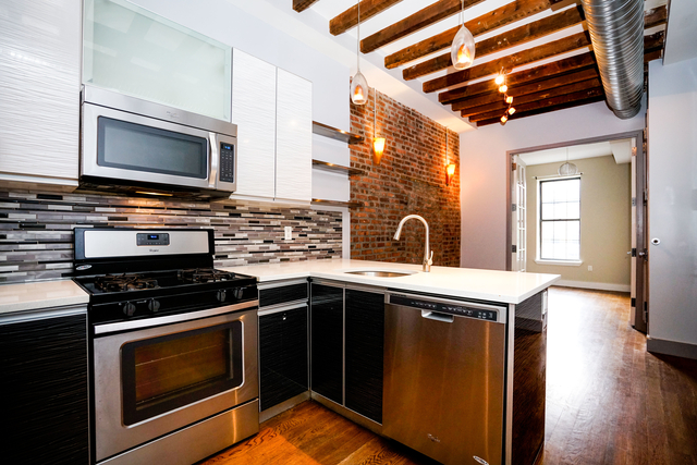 3 Bedrooms, Bushwick Rental in NYC for $3,144 - Photo 1