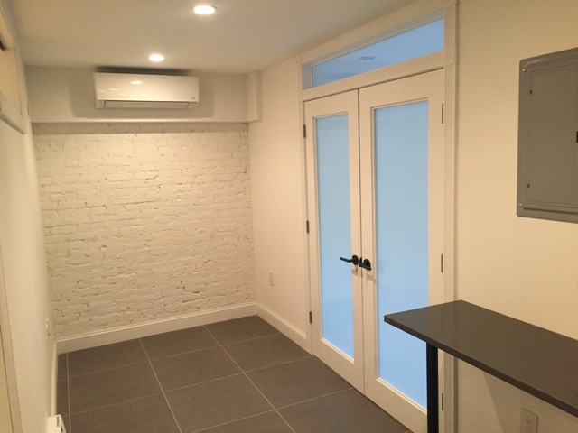 2 Bedrooms, Alphabet City Rental in NYC for $3,800 - Photo 2
