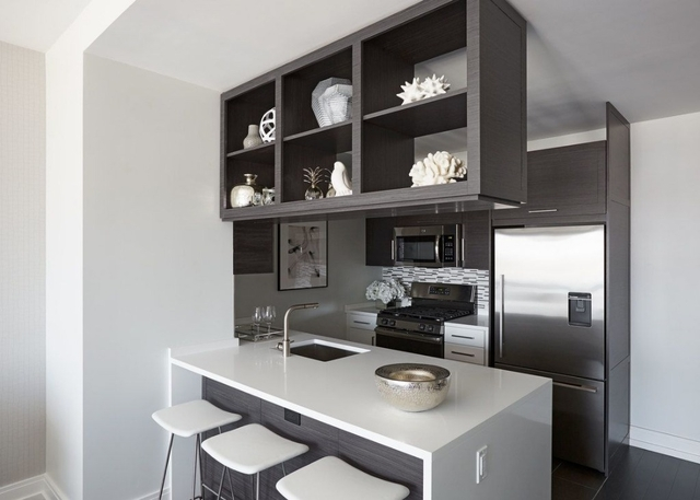 3 Bedrooms, Hell's Kitchen Rental in NYC for $9,498 - Photo 2