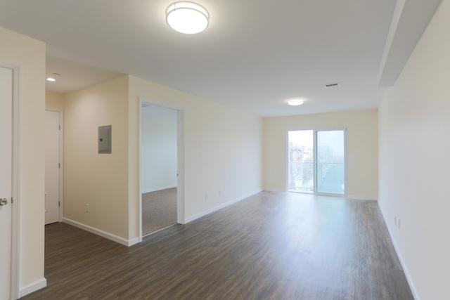2 Bedrooms, Rockaway Beach Rental in NYC for $2,400 - Photo 1