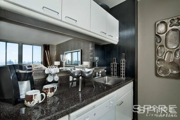 Studio, Hunters Point Rental in NYC for $2,930 - Photo 2
