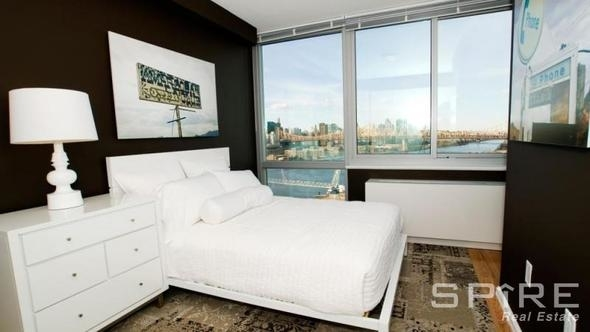 2 Bedrooms, Hunters Point Rental in NYC for $4,187 - Photo 2