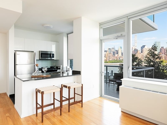 2 Bedrooms, Hunters Point Rental in NYC for $3,875 - Photo 2