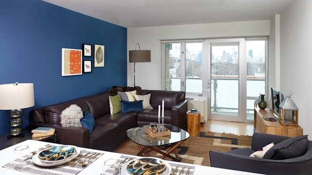 Studio, Long Island City Rental in NYC for $2,300 - Photo 2