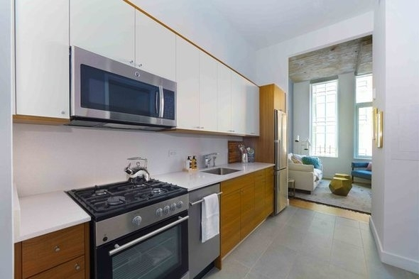 Studio, Long Island City Rental in NYC for $2,478 - Photo 2