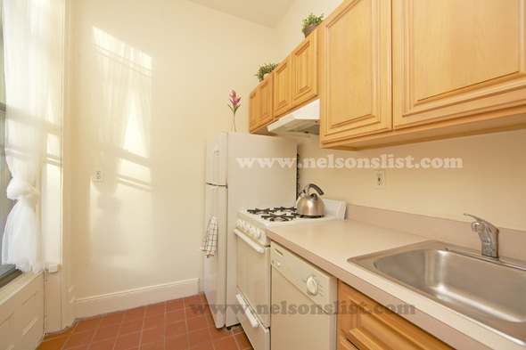 Studio, South Slope Rental in NYC for $2,100 - Photo 2