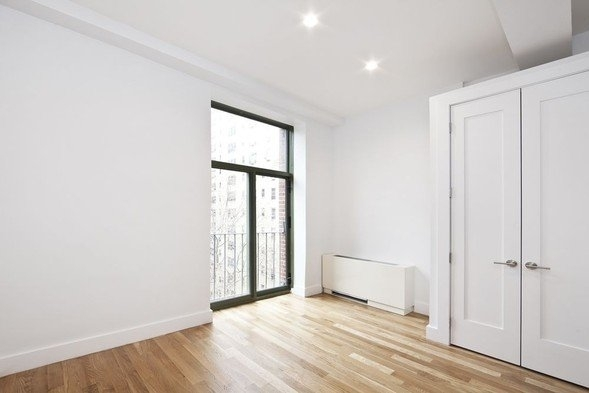 2 Bedrooms, Gramercy Park Rental in NYC for $4,172 - Photo 2