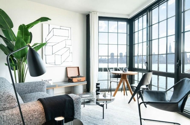 3 Bedrooms, Greenpoint Rental in NYC for $5,812 - Photo 2
