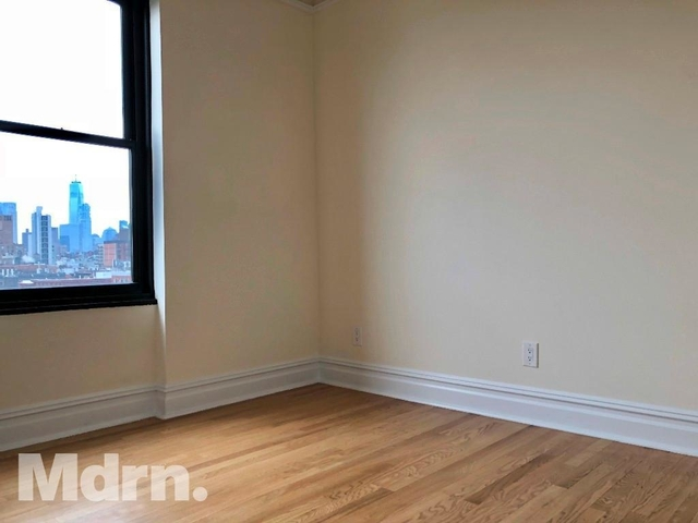 2 Bedrooms, East Village Rental in NYC for $5,100 - Photo 2