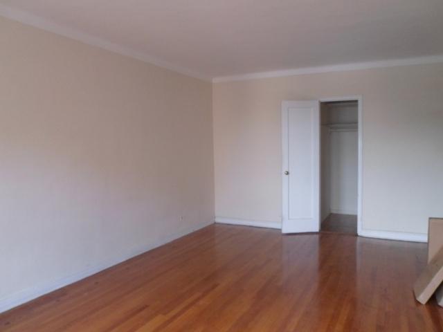 Studio, Elmhurst Rental in NYC for $1,625 - Photo 2