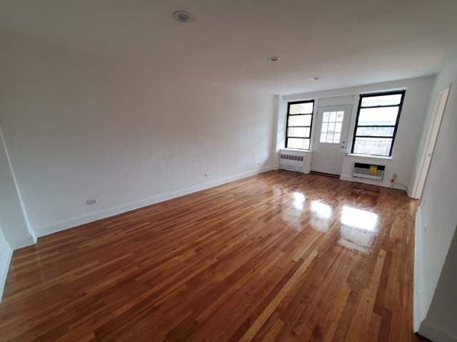 2 Bedrooms, Midwood Rental in NYC for $2,250 - Photo 1