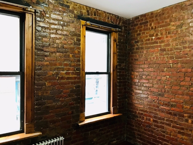 2 Bedrooms, NoLita Rental in NYC for $3,200 - Photo 2
