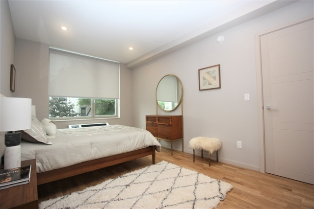 2 Bedrooms, Crown Heights Rental in NYC for $3,646 - Photo 2