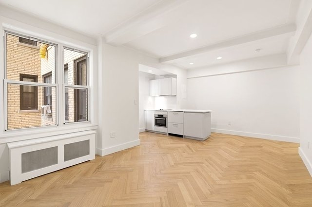 Studio, Gramercy Park Rental in NYC for $2,860 - Photo 2