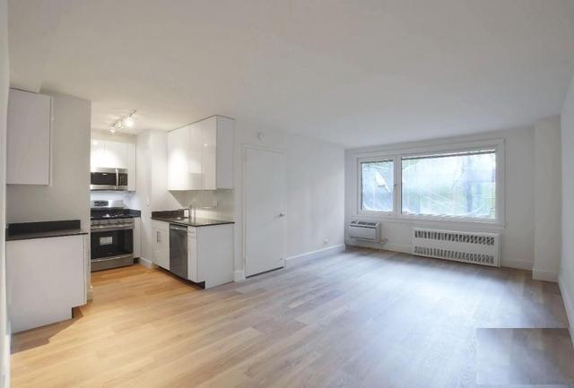3 Bedrooms, Kips Bay Rental in NYC for $4,600 - Photo 2