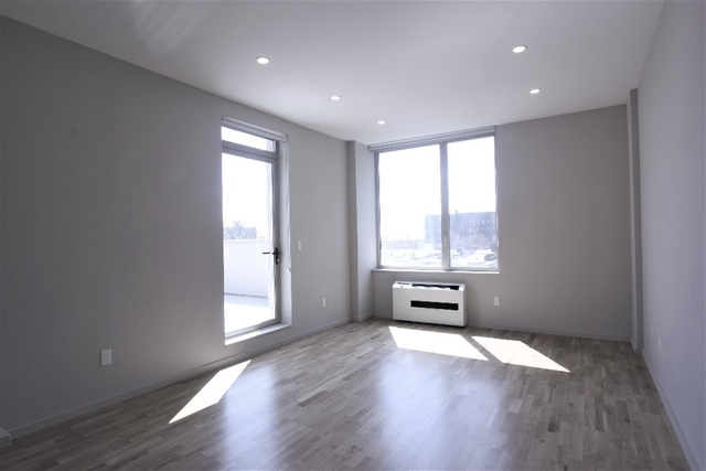 1 Bedroom, Crown Heights Rental in NYC for $3,300 - Photo 2