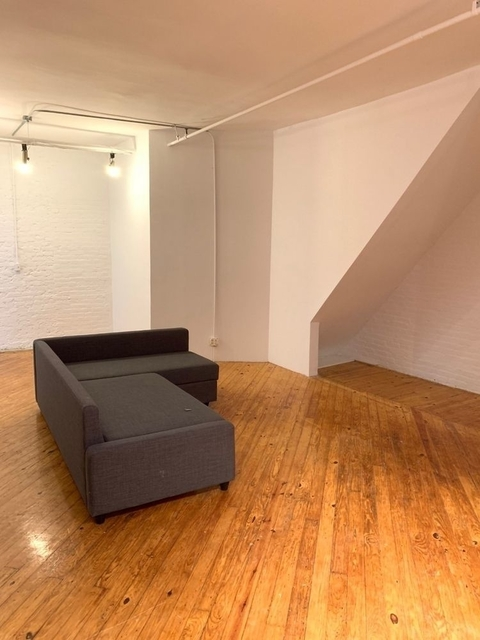3 Bedrooms, Rose Hill Rental in NYC for $4,050 - Photo 2